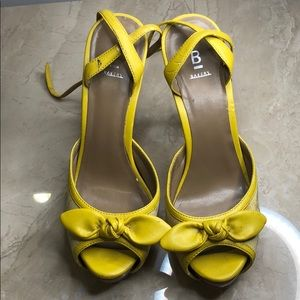 Bakers high heel sandals with straps bowtie